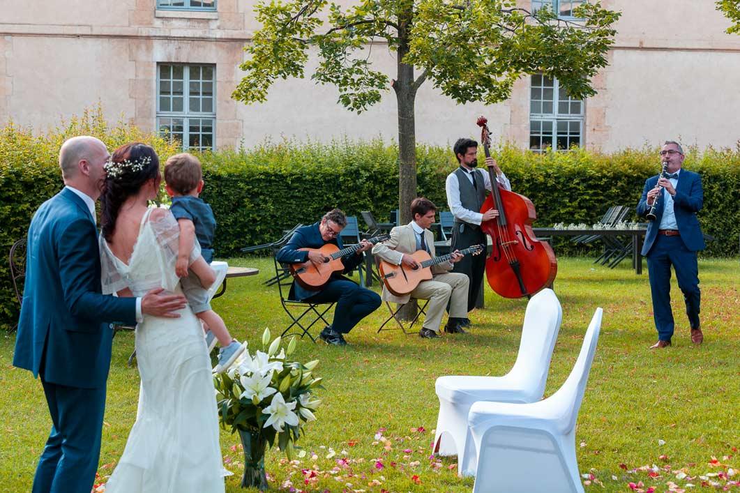 Quel est le prix d'un groupe de jazz manouche pour son mariage ?